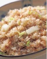 にんにく風味の白菜チャーハン