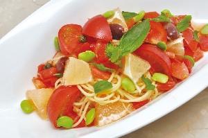 トマトとかんきつのパスタ