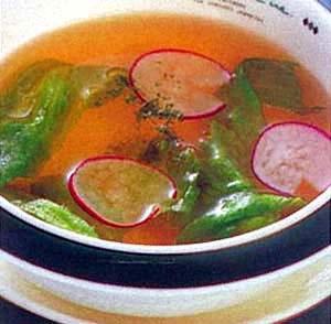 ピンクのラディッシュスープ