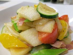 とうがんと夏野菜の彩り炒め